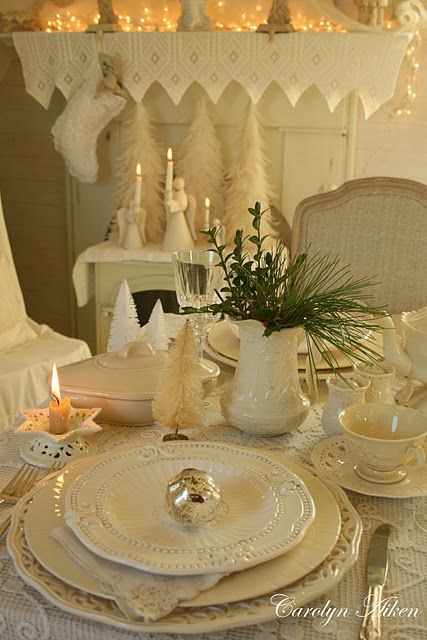 White Christmas Tablescape - perfect for those of us who rarely have a white one outside!