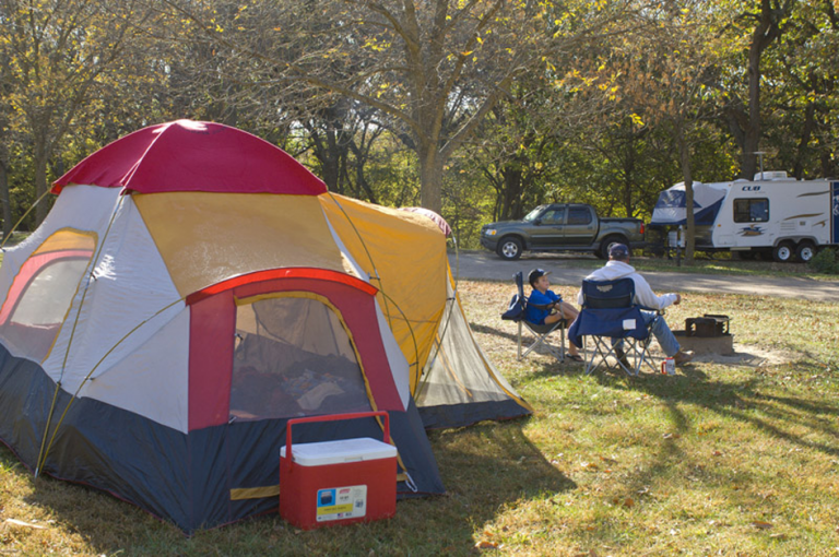 The 15 Best Places to Go Camping Within 2 Hours of Omaha