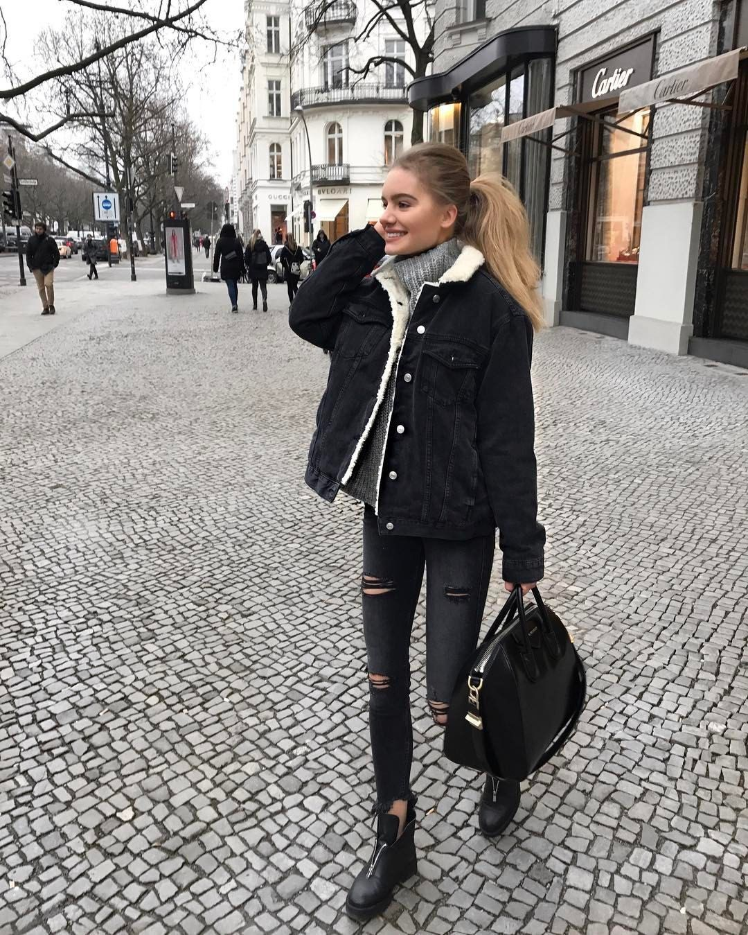 Photo of Trendy and cute casual outfit.