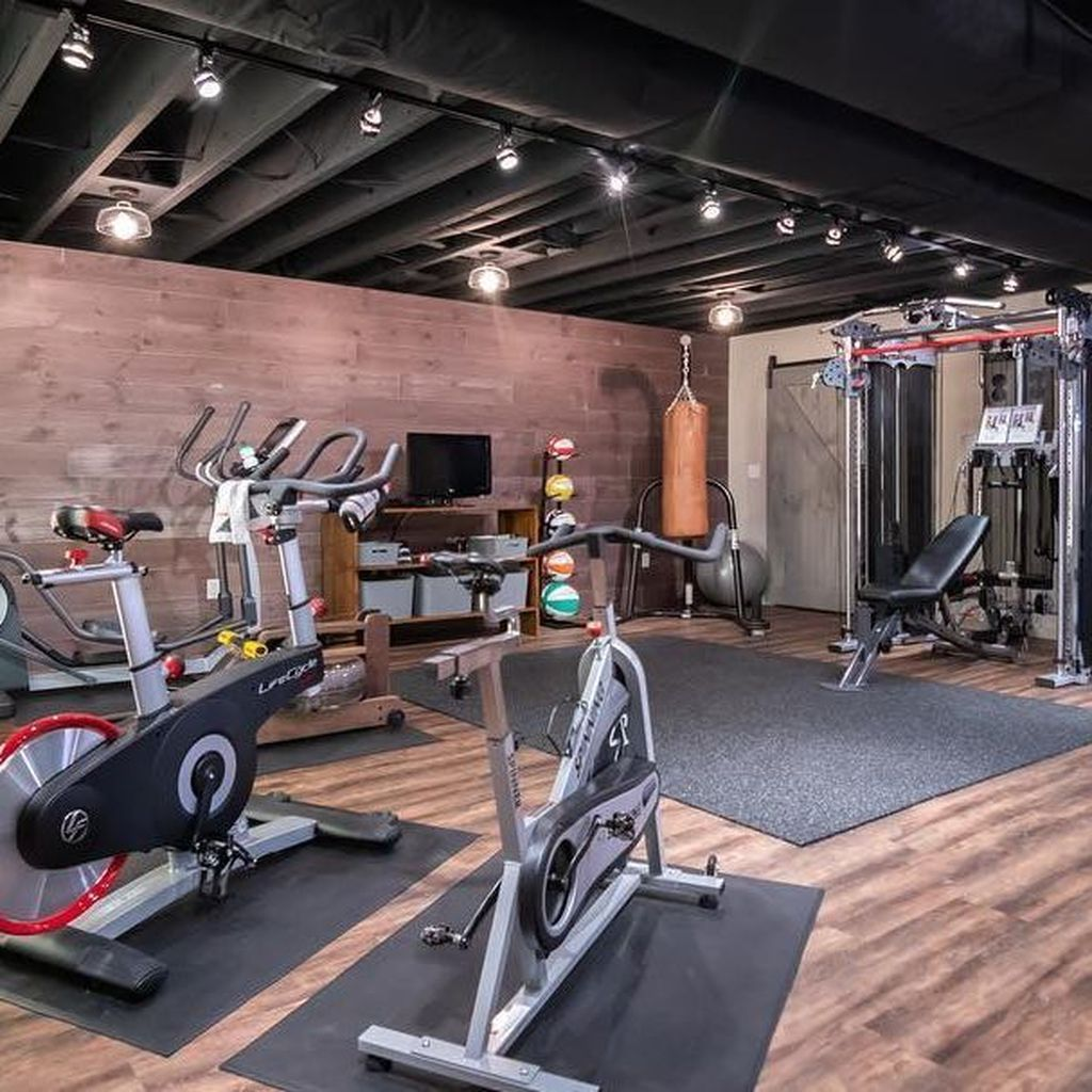 20 Amazing Home Gym Room Ideas For Your Family Trenduhome Gym Room At Home Home Gym Decor Home Gym Basement