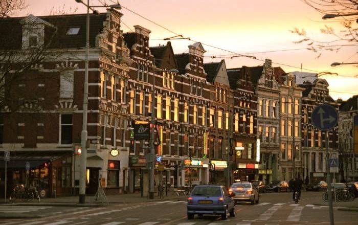 Omgeving Binnenweg Rotterdam gespot. Hele toffe lokaties die je gezien moet hebben ;-)! Alle belevingen staan op www.vintage.nl