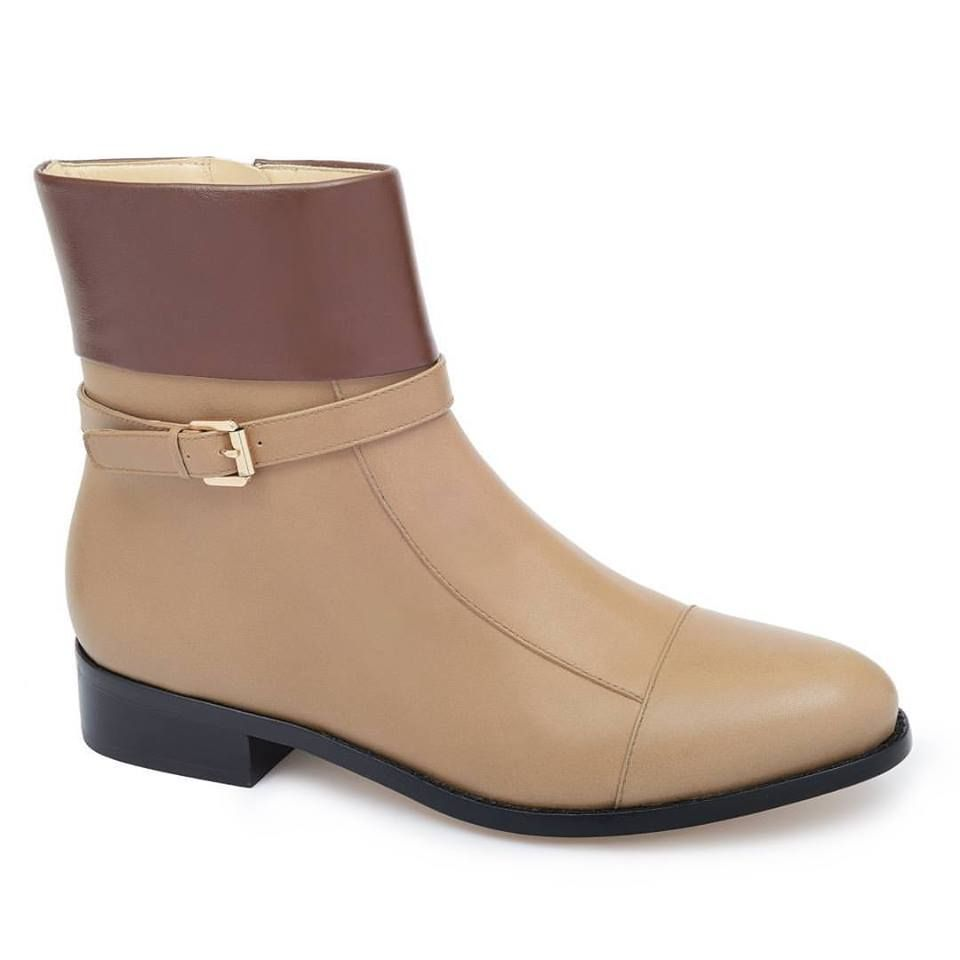 3510ee91a 63 Teenage Girl Boots that Combines Style with Comfort #girlsboots  #teengirlsboot #girlsbootsideas #girlfashion #ankleboots
