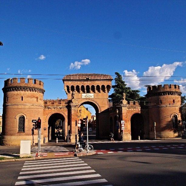 Porta Saragozza, Bologna - Instagram by scope79