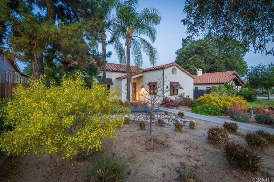 1929 Spanish Revival Redlands Ca 465 000 Old House Dreams Old House Dreams Spanish Revival Spanish Style Home