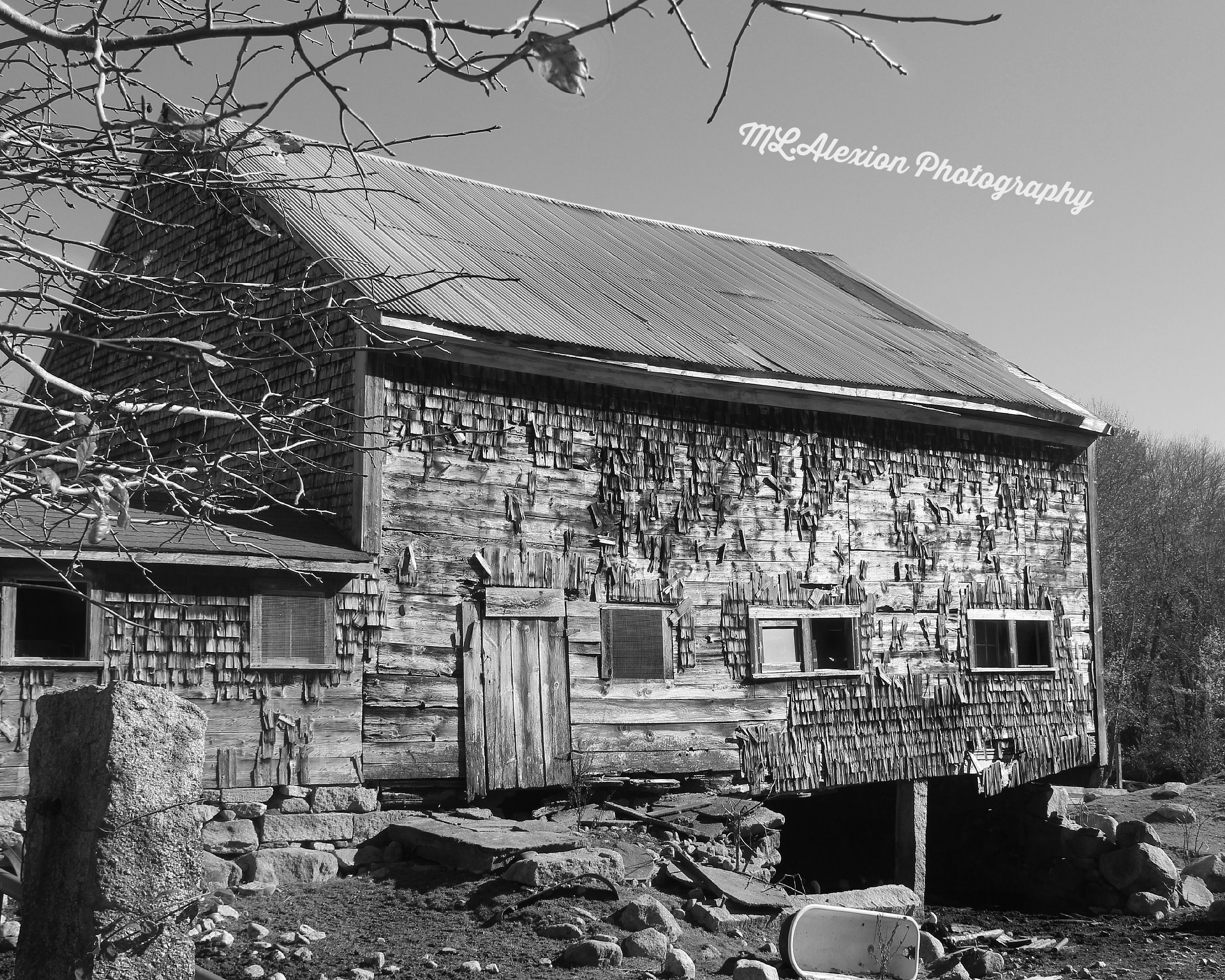Old New England Barn~ #Photography #Black&White #Barn