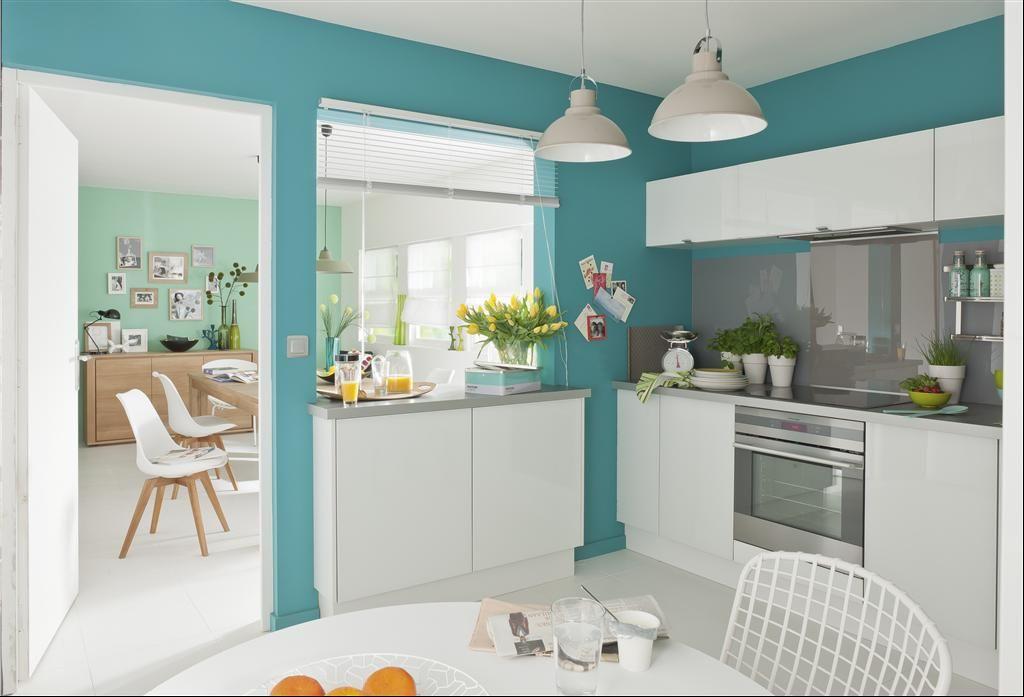 Cuisine Blanche Et Murs Turquoise