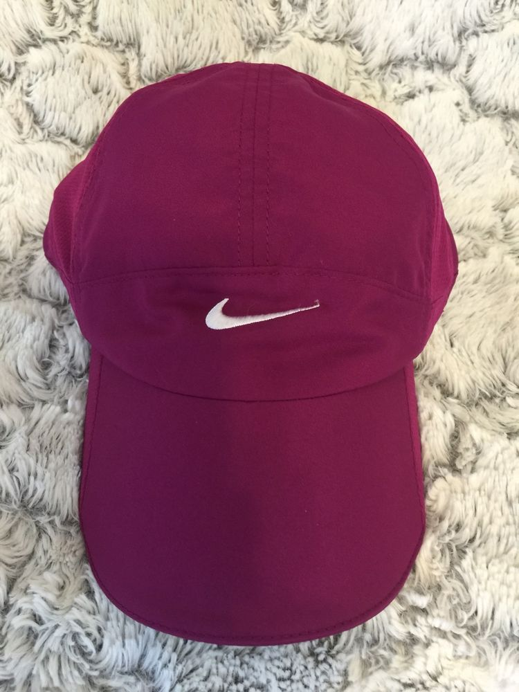 best loved cfbb5 bfc24 Nike Women s Featherlight DRI-FIT Magenta Pink Hat Cap  Nike