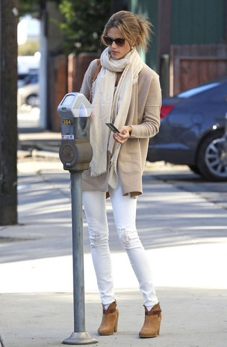cd6abed9d7d5 20 Ideas Para Usar Pantalones Blancos En Invierno | outfit winter ...