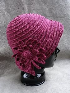 Amazing hat with flower