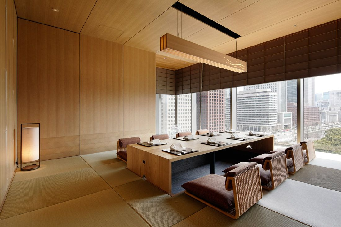 Japanese Hospitality Meets Discreet Sophistication At Palace Hotel Tokyo Modern Japanese Interior Japanese Interior Apartment Interior