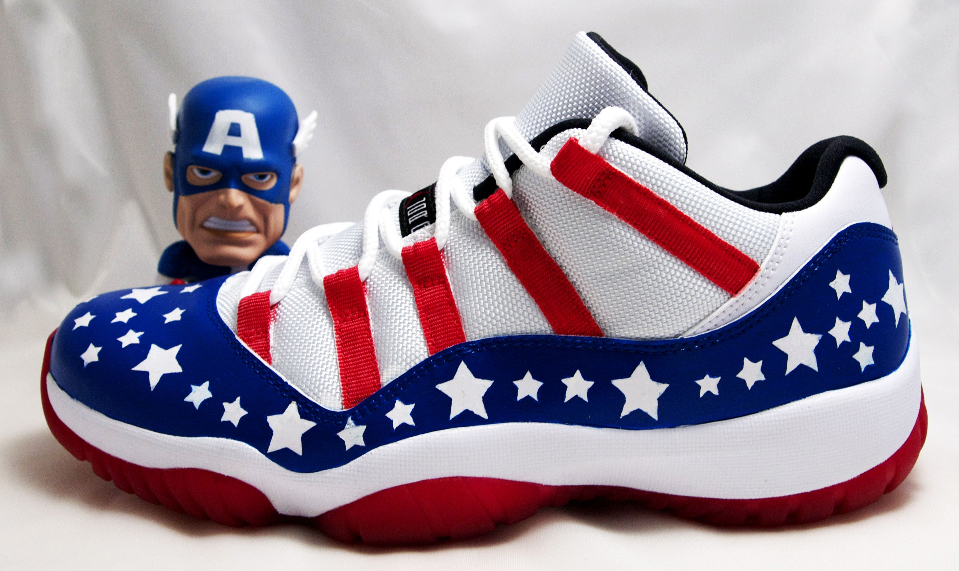 buy online 97712 f2a92 Captain America Jordan s   Air Jordan XI Low -