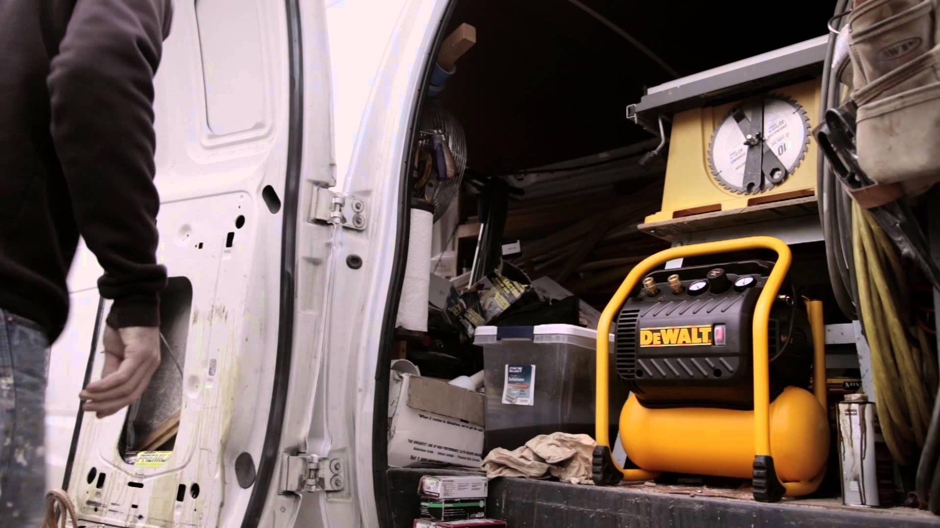 DEWALT Heavy Duty Quiet Trim Compressor