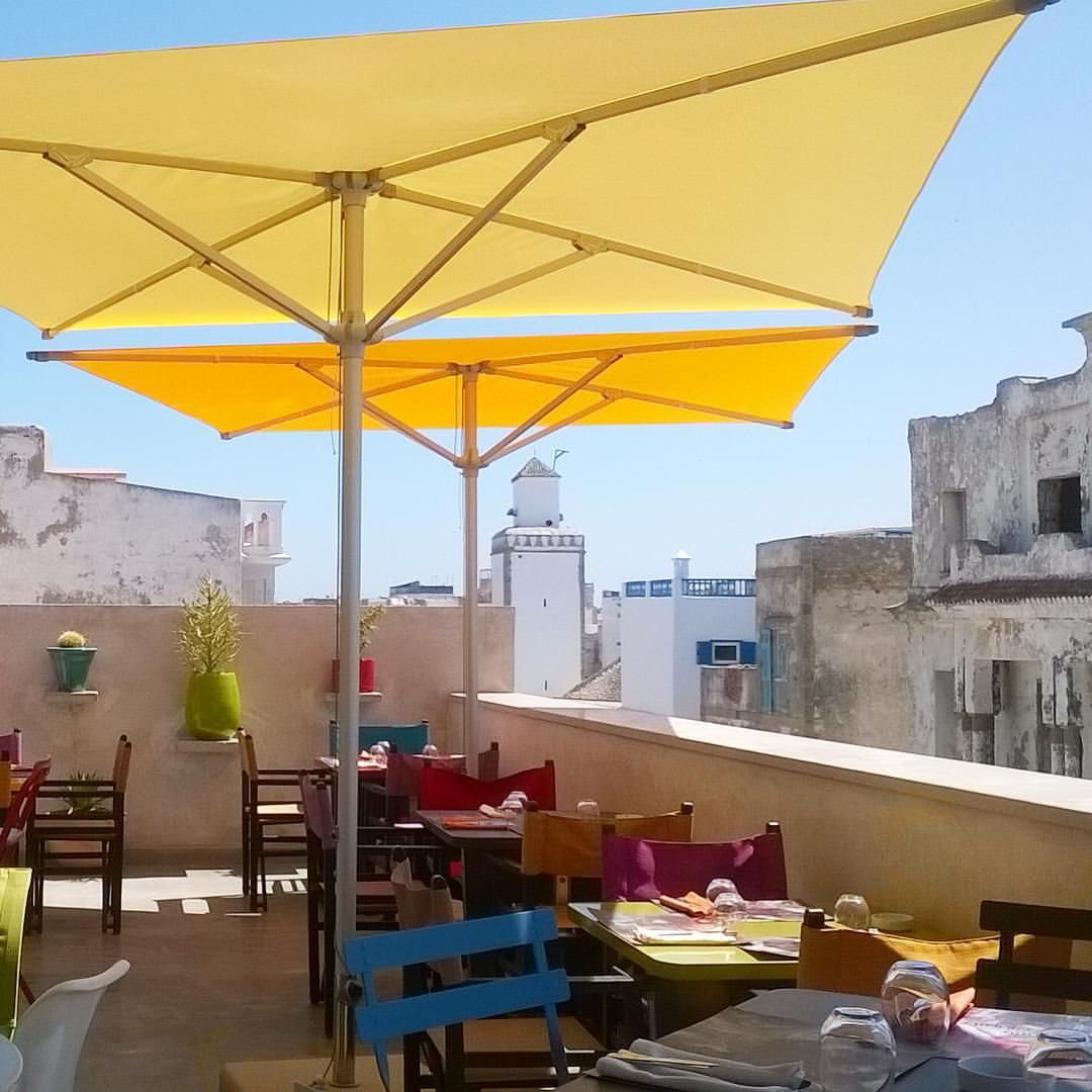 ✨ Direct Link in Bio. La Chevre Gourmande, Essaouira #restaurant #terrace #rooftop #medina #oldcity #colour #color #colorful #essaouira #morocco #lovemorocco #mydearmorocco #mydearmoroccoblog ▫️▫️▫️▫️