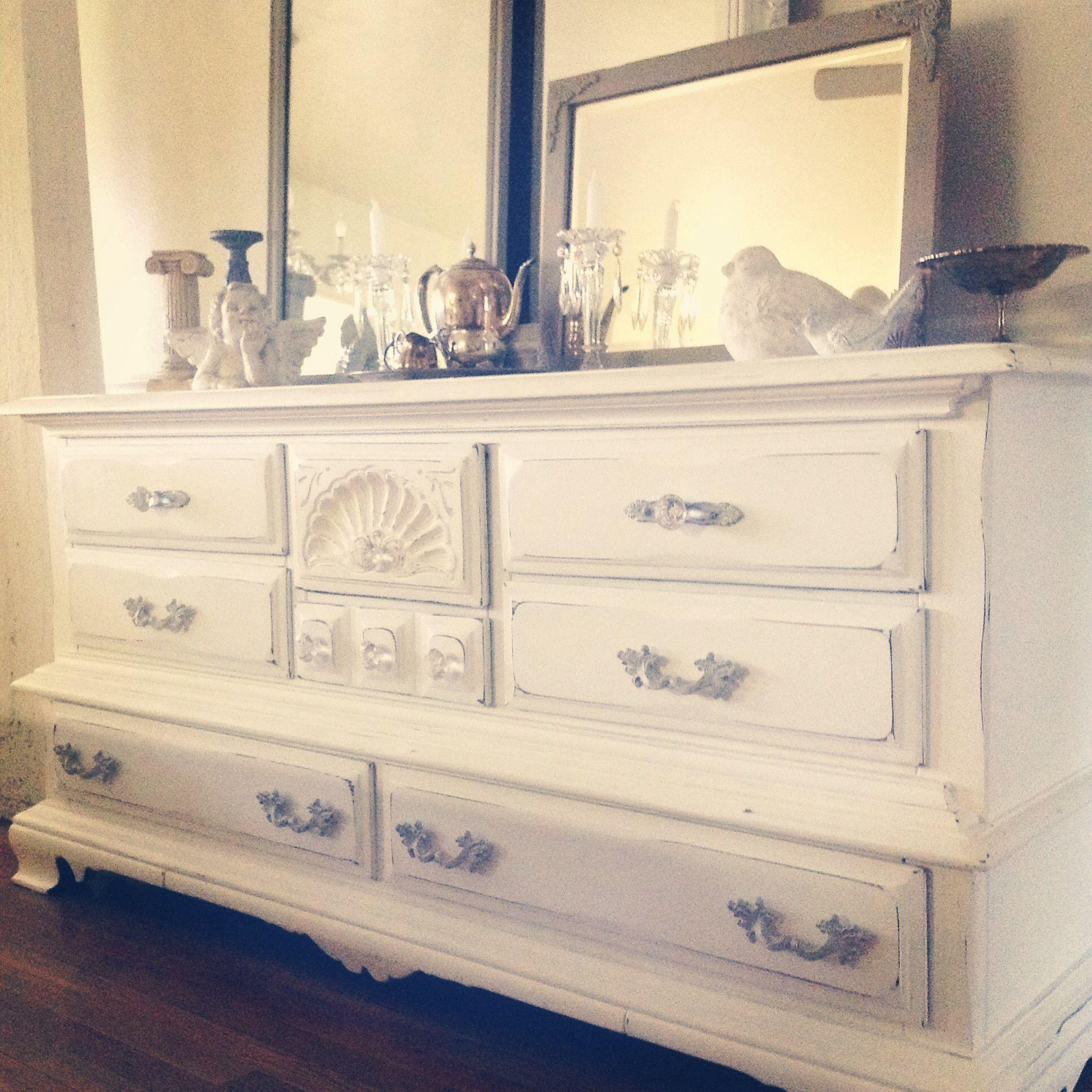 Beautiful coastal cottage dresser, by cottage chic furniture.
