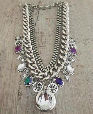 30935df2915d Collar Queen