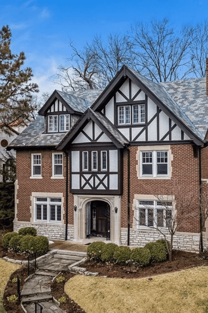 1927 Tudor In Saint Louis Missouri Captivating Houses In 2020 Tudor House Exterior House Tudor House