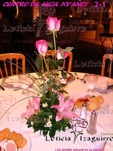 Decoraciones de mesa para quincea eras buscar con google decoraci n quince a os pinterest Decoracion centro de mesa