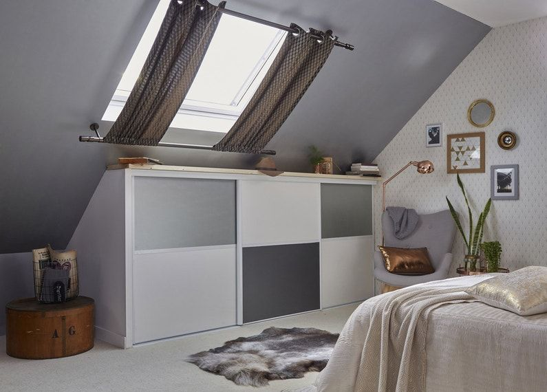 des aménagements sous les combles dans votre chambre