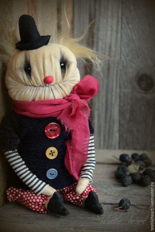 Изображение со страницы http://cs1.livemaster.ru/storage/41/91/987971504f7708f1299678ee970h--kukly-igrushki-clown.jpg.