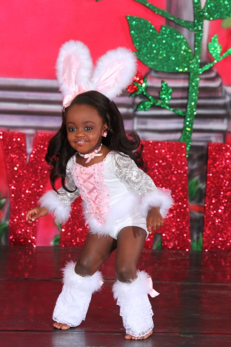 Christmas Beauty Pageant Outfits.Outfit Of Choice Chrystal Bells Pageant Wear My Style