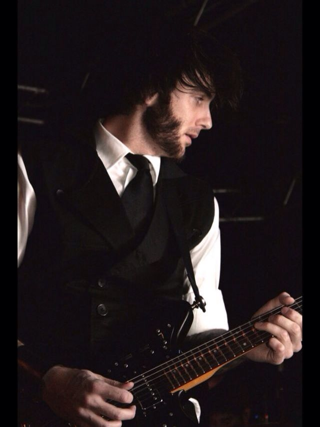 Curtis Rx, what is it about him that makes us all just melt? I think its his sideburns, it cuts an edge into my soul...