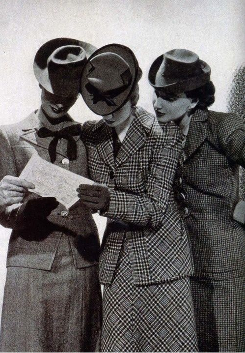 Fashion 1940s Two Female Models Flirty 40s Style Evening: Friday Photo Swoon – Suit Up, Ladies
