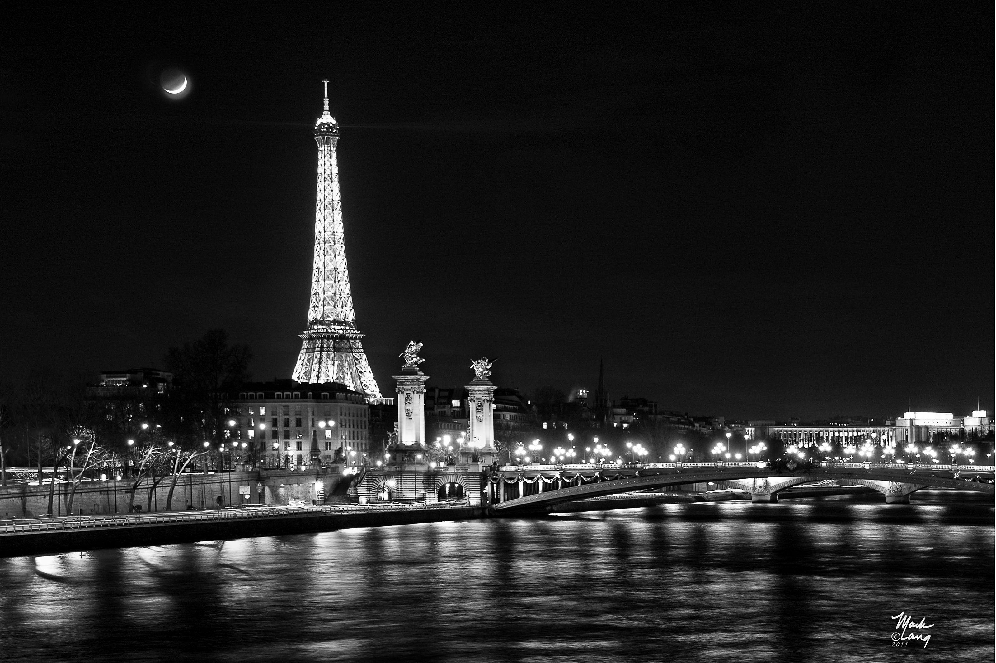 Eiffel Tower Black And White Landscape - Google