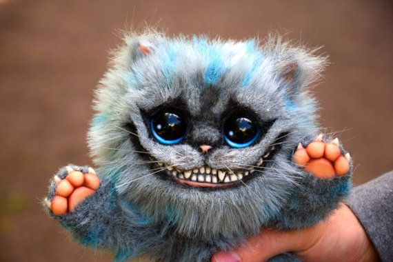 Peluche Chat Alice Au Pays Des Merveilles Baby Cheshire Cat Etsy In 2020 Animal Dolls Alice In Wonderland Cute Animals