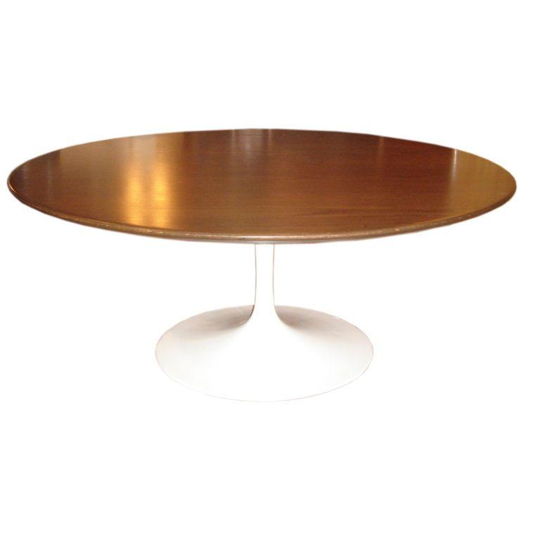 tulip coffee table round