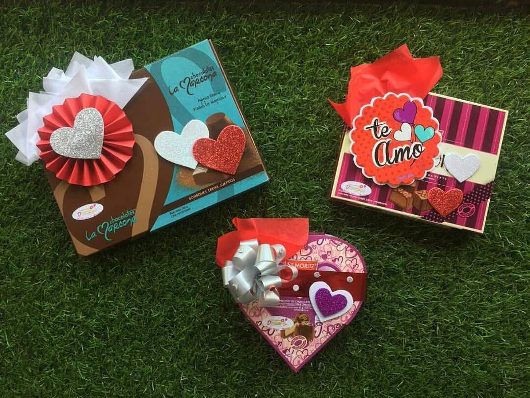 Los bombones son una buena opcion para este 14 de febrero, no te quedes sin ellos  #dencantos #love #amor #chocolates #bombones #regalos #amistad #floristeria #globos #cumpleaños #cagua #aragua #venezuela