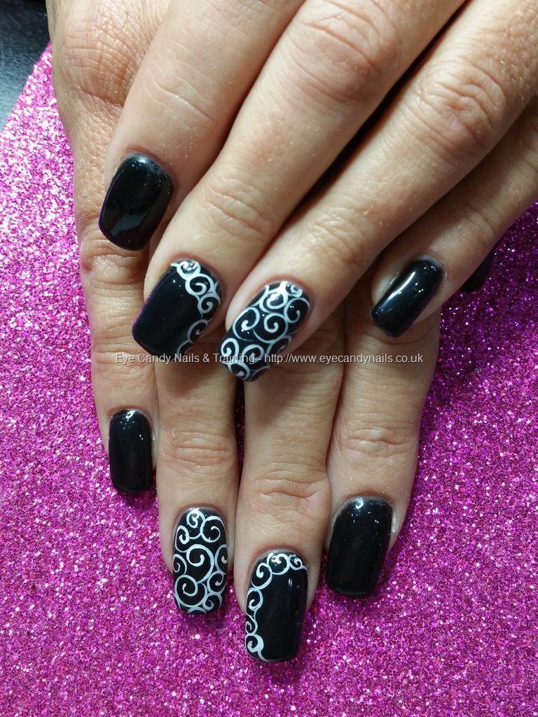 Black gel polish with freehand swirl nail art   Nails   Pinterest ...