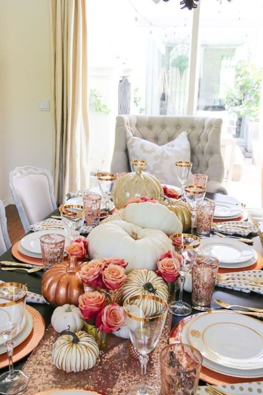 33 Beautiful Thanksgiving Dinner Table Decor Ideas - belihouse.com #thanksgivingdinnertable