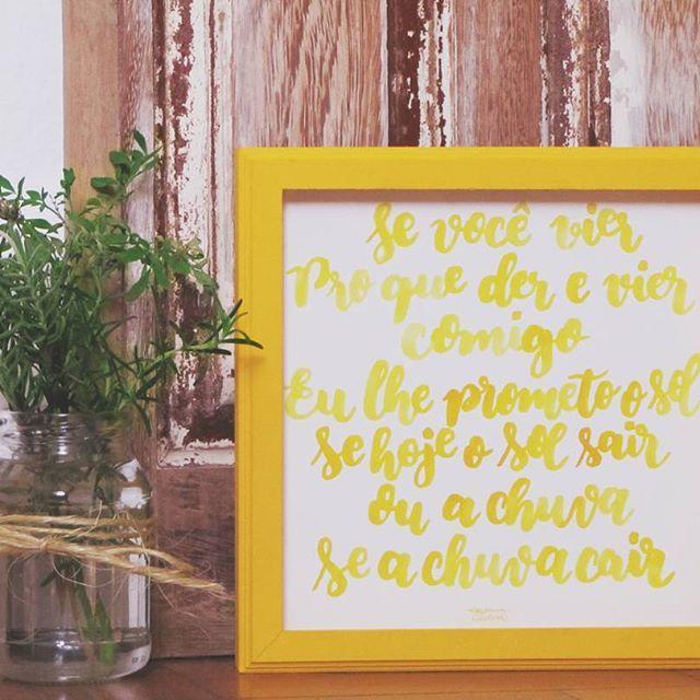 """Quando encomendam um quadro com uma das suas músicas preferidas, é amor que transborda! """"E nesse dia branco Se branco ele for Esse canto Esse tão grande amor Grande amor  Se você quiser e vier Pro que der e vier Comigo...""""  Dia Branco - Geraldo Azevedo"""