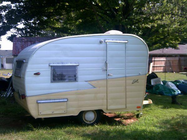 Classic 1963 Shasta 12 Ft Camper Vintage Travel Trailers Vintage Trailers Vintage Camper