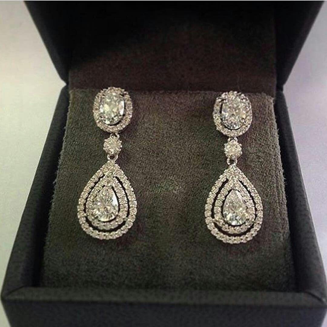 #oneofakindjewelry Luxurious Fancy diamonds #DropEarrings