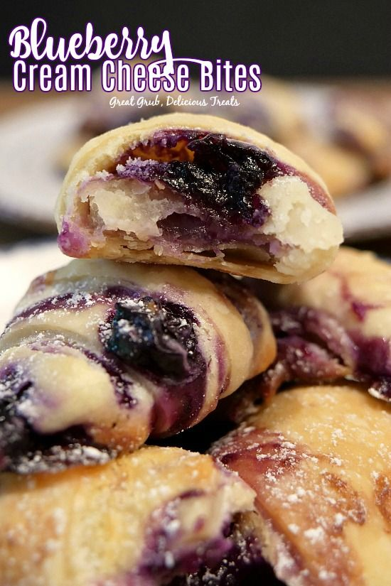 Blueberry Cream Cheese Bites - Great Grub, Delicious Treats #recipeforpiecrust