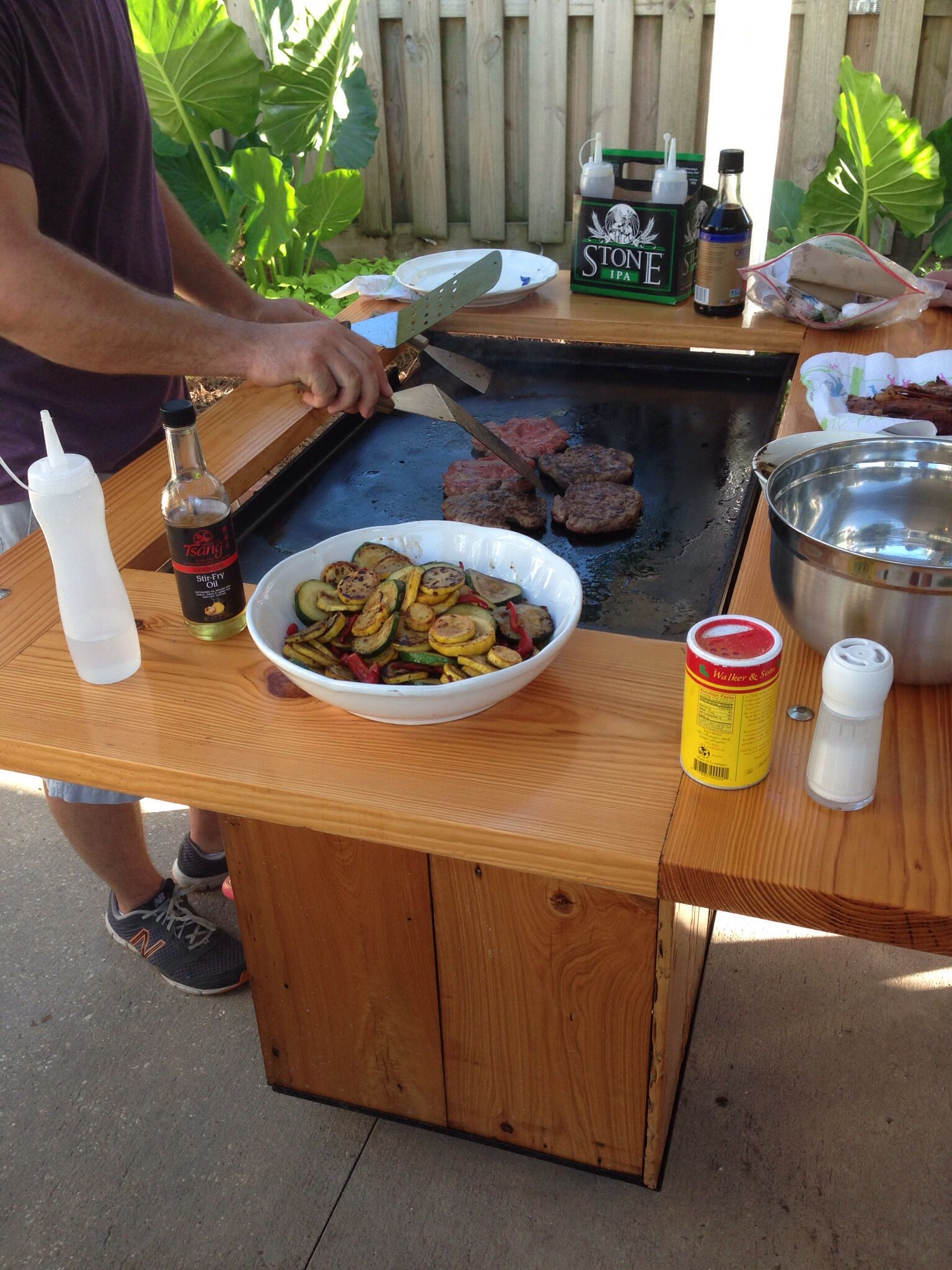 Grillin Burgers On A Hot Summer Day Backyard Hibachi Grillin Outdoor Hibachi Grill Hibachi Grill Diy Grill Table