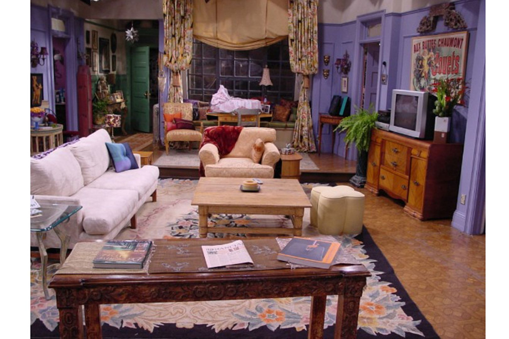 Best onscreen interiors with images friends apartment
