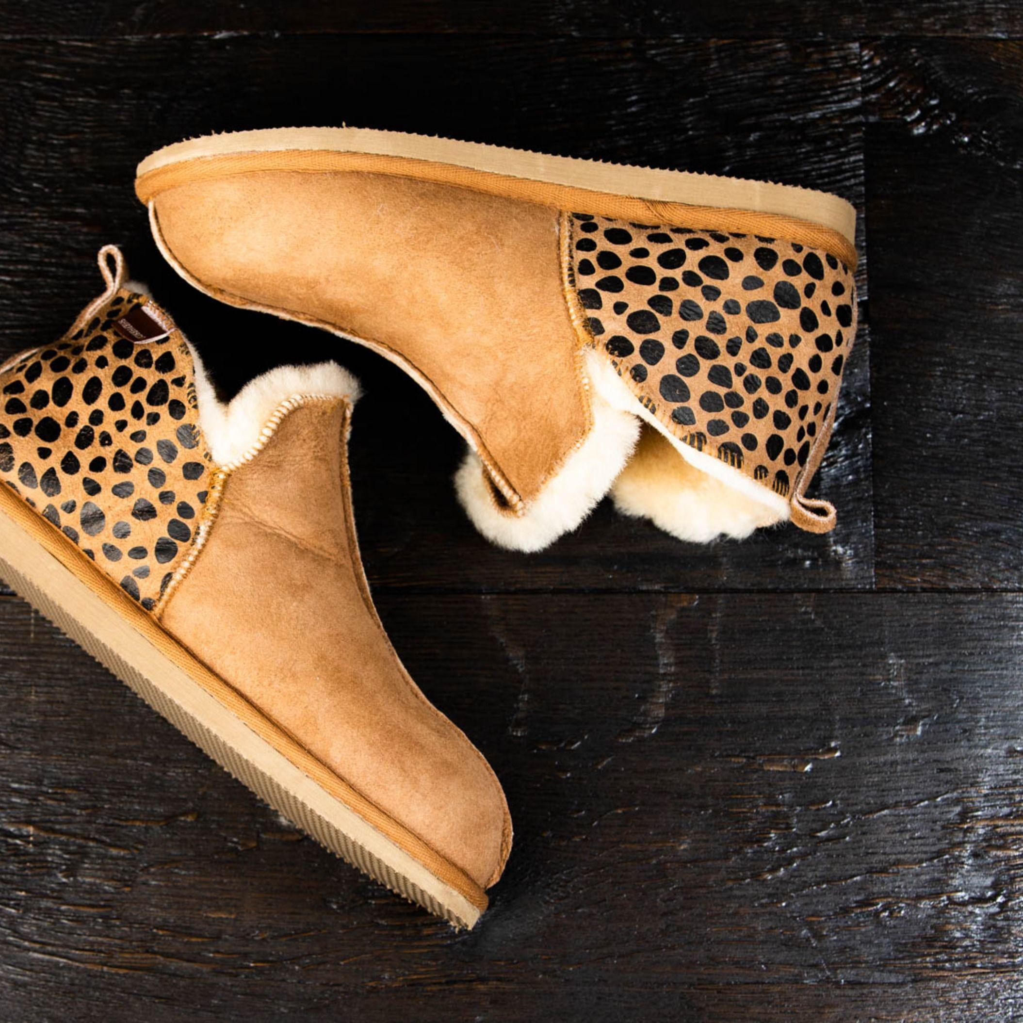 Womens slippers, Sheepskin slippers
