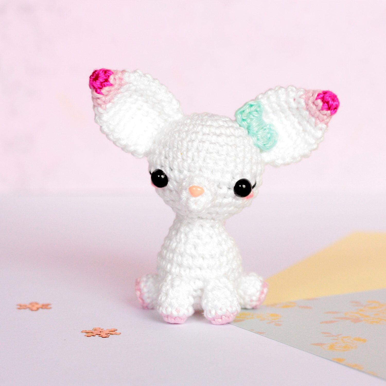 Amigurumi chihuahua, Miniature crochet plush chihuahua, Plush dog ...