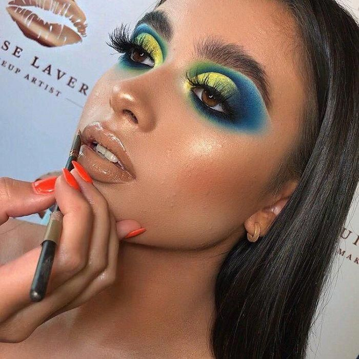 Fabulous Full Glam Makeup Looks To Flaunt This Fall