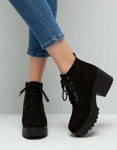 44a7314d3322 Superbi   shoes in 2018   Pinterest   Chaussure, Chaussures Femme and  Bottine talon