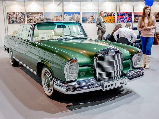 1964 Mercedes-Benz 280SE Cabriolet