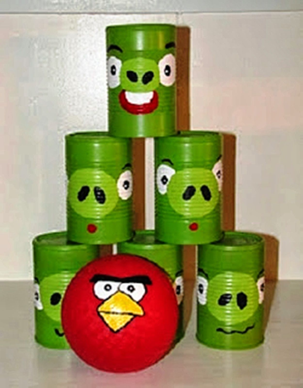 Plan An Angry Bird Birthday Party With An Angry Birds