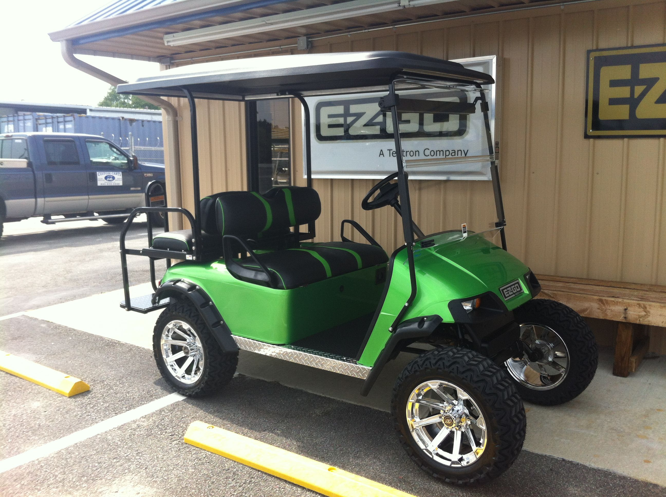 Check Out The Chrome Wheels On This 2017 48 Volt E Z Go Txt