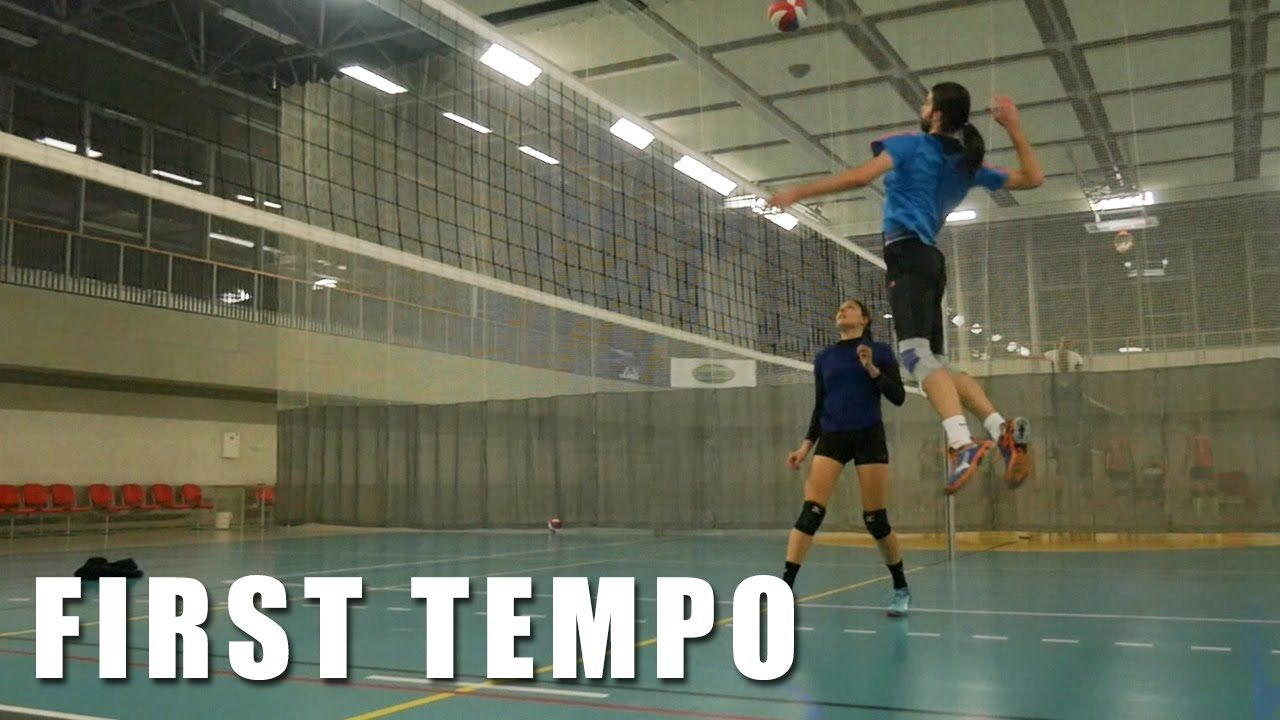 Hitting Lines 3 Slow Motion How Not To First Tempo In Volleyball 3 Volleyball Practice Volleyball Motion