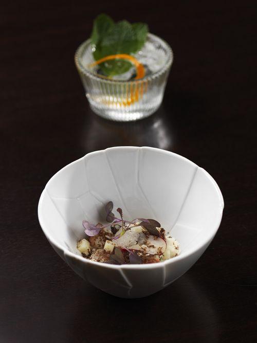 Sweet Coupelle Glass 13cl - CCS Code: V1413. Trencadis Bowl 11x4cm - CCS Code: V1512. Visit: www.chefs.net