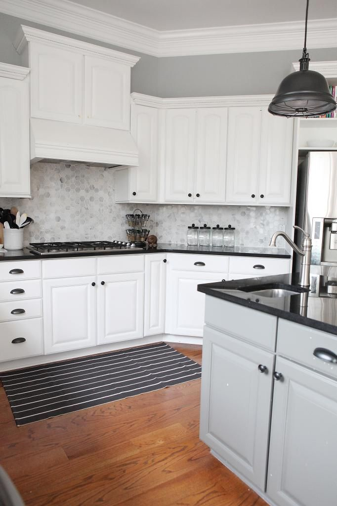 White Kitchen Black Counters And Marble Hexagon Backsplash With Images Backsplash For White Cabinets Backsplash Kitchen White Cabinets Kitchen Design