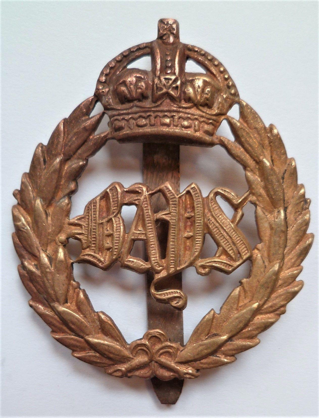 WW1 2nd Dragoon Guards (Queens Bays) Regiment Cap Badge