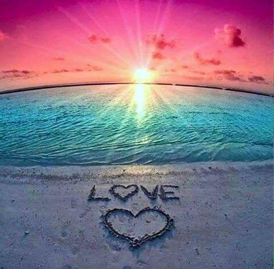 Die Liebe zum Surfen, steht auch für die Liebe zu Strand und Meer